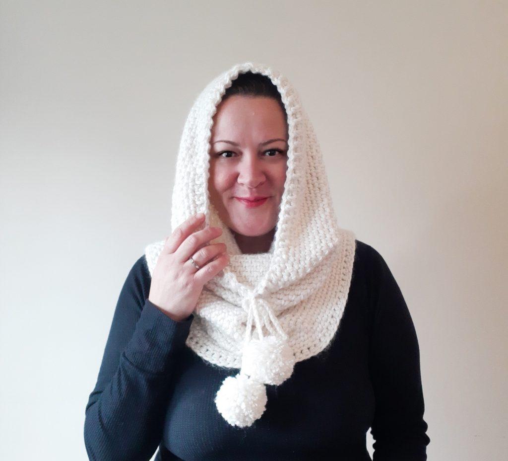 bufanda de ganchillo con pompones